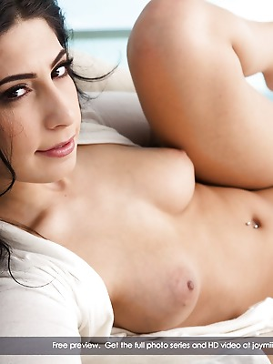 JoyMii  Allie J  Ass, Pussy, Beautiful, Glamour, Erotic, Funny, Licking, MILF, Sex Toys, Real