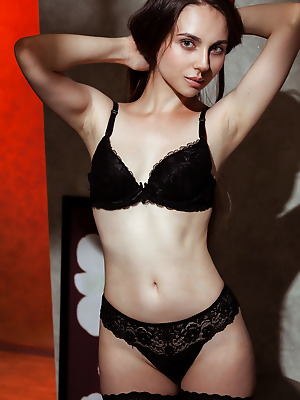 Showy Beauty  Dany  Erotic, Softcore, Solo